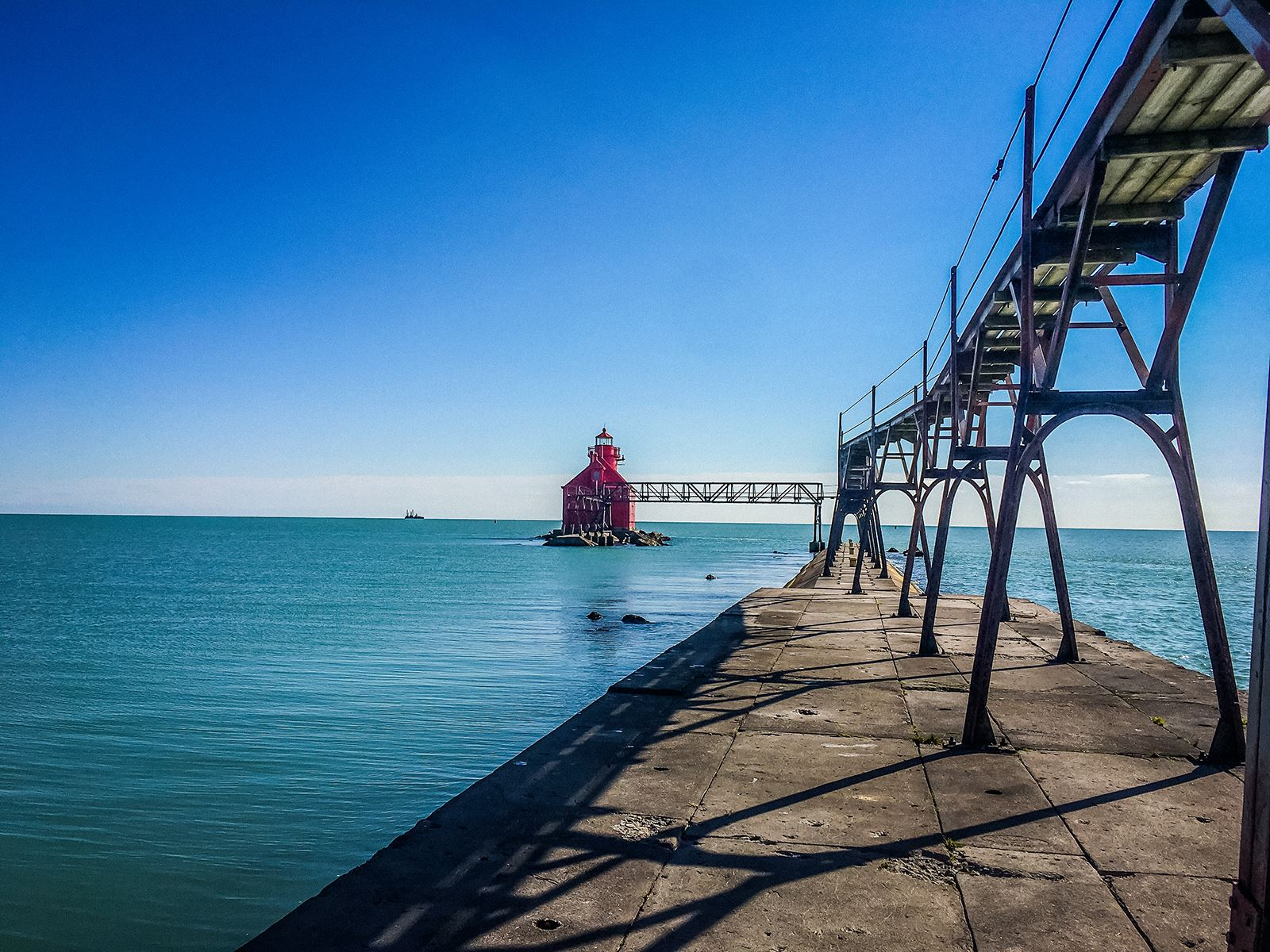 Sturgeon Bay Ship Canal Lighthouse